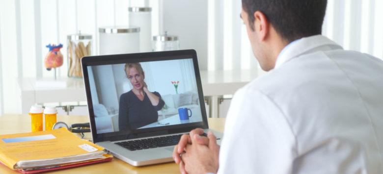 Keeping Online Conversations